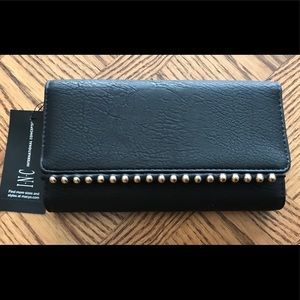 INC, Valliee Trifold wallet